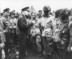 General Eisenhower addresses American paratroopers prior D-Day